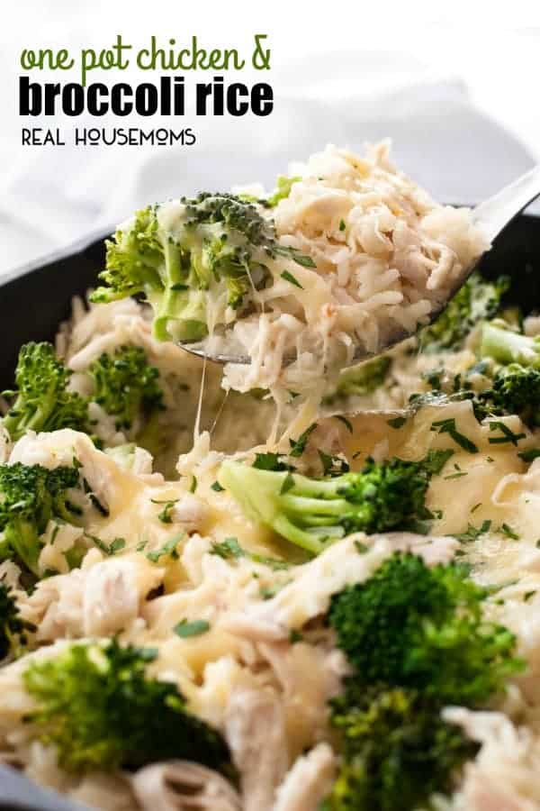 One pot chicken and broccoli rice real housemoms one pot chicken and broccoli rice is an essential back pocket recipe for those really busy nights that takes just 20 minutes to prepare and is all made in forumfinder Choice Image