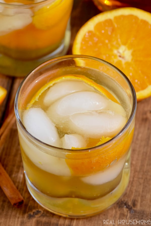 This ORANGE SPICE OLD FASHIONED is a fall twist on a delicious whiskey or brandy cocktail! Easy to throw together!
