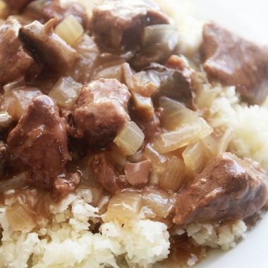 This PALEO BEEF STROGANOFF CROCK POT RECIPE is an easy dinner for anyone on the Paleo diet! Serve it over cauliflower rice or zoodles and it is a delicious meal!