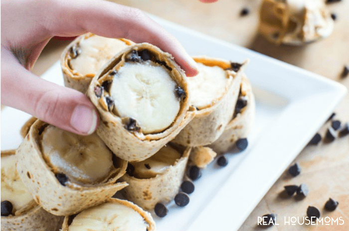 peanut-butter-banana-roll-ups-easy-snack-recipe-feat
