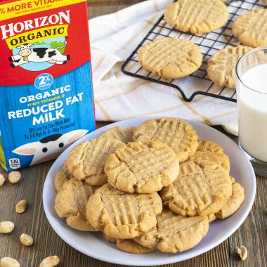 Peanut Butter Cookies and 5 Things You Didn't Know about Organic Milk