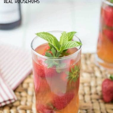 Pimm's Strawberry Mint Cocktail