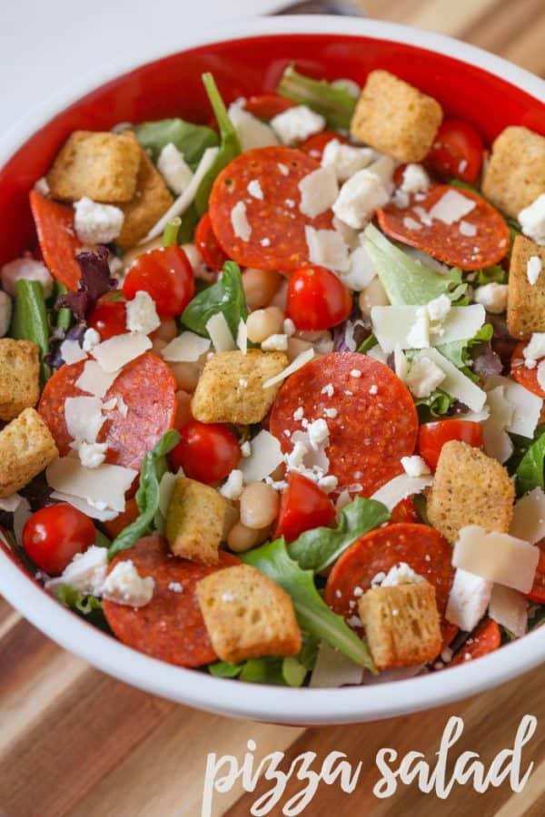 pizza-salad-lil-luna