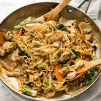 Keep this Ramen Noodle Stir Fry in your back pocket for busy nights when you need a quick meal! Completely customisable, the beauty of this recipe is that you use the ramen soup packets from instant ramen packets to make the stir-fry sauce.