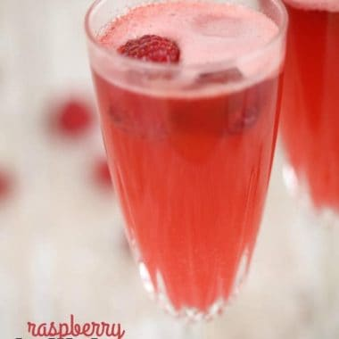 These RASPBERRY BELLINIS are an easy cocktail that is perfect for brunch!