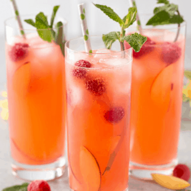 Peach Raspberry Lemonade
