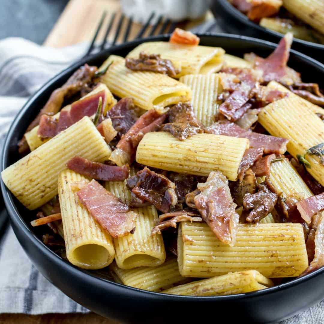 Rigatoni Pasta with Mushrooms and Prosciutto is an easy and hearty meal made with simple Italian ingredients that'll knock your socks off!