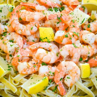 Shrimp Scampi is a traditional Italian dish made with a garlic butter sauce and shrimp with al dente pasta and fresh lemon juice!
