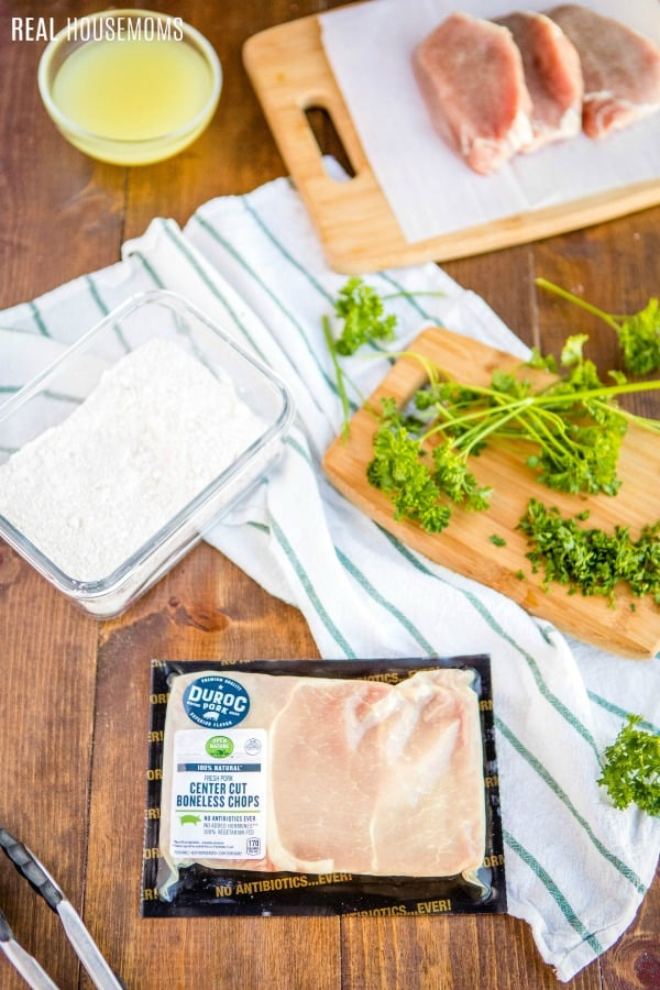 ingredients to make smothered fried pork chops