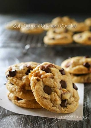 Soft-Oatmeal-Snickers-Cookies-600