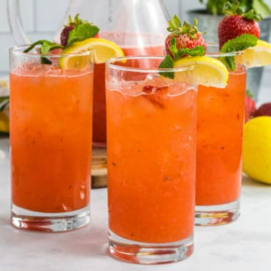 glasses of strawberry lemonade with vodka