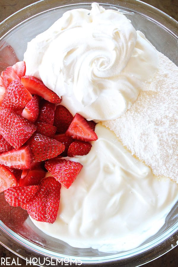 This STRAWBERRY CHEESECAKE FLUFF is an easy and delicious recipe that can be used as a side dish or a dessert. It is great for summer barbecues and get-togethers!