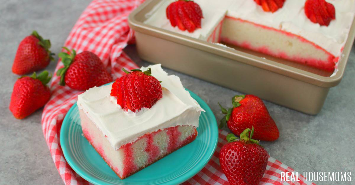 Strawberry Jello Cake Recipe Frozen Strawberries: Strawberry Jello Cake ⋆ Real Housemoms