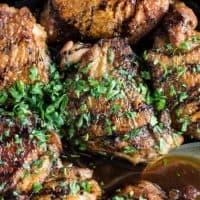 This delicious SWEET AND SMOKY HONEY CHICKEN is an easy to make, one pan dinner you can whip up for the family in 30 minutes flat!