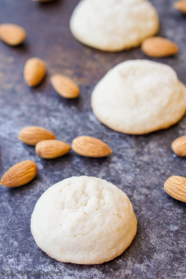 These ALMOND BUTTER COOKIES will melt in your mouth. They're deliciously sweet and super buttery and a touch of almond makes them perfect for fall!