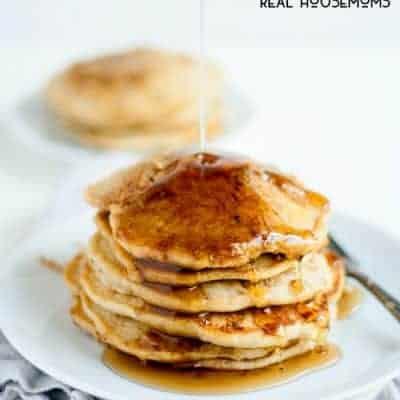 Apple Cinnamon Streusel Pancakes