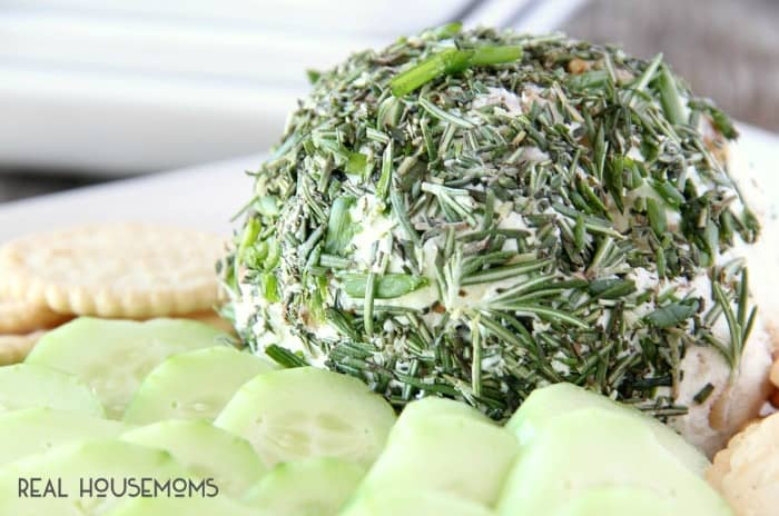 This GARLIC & HERB GOAT CHEESE BALL comes together in less than 10 minutes plus it's delicious and will impress your guests!