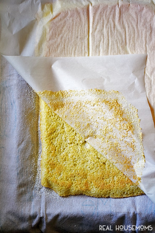 lemon-cake-roll-recipe-rh-incontent-123
