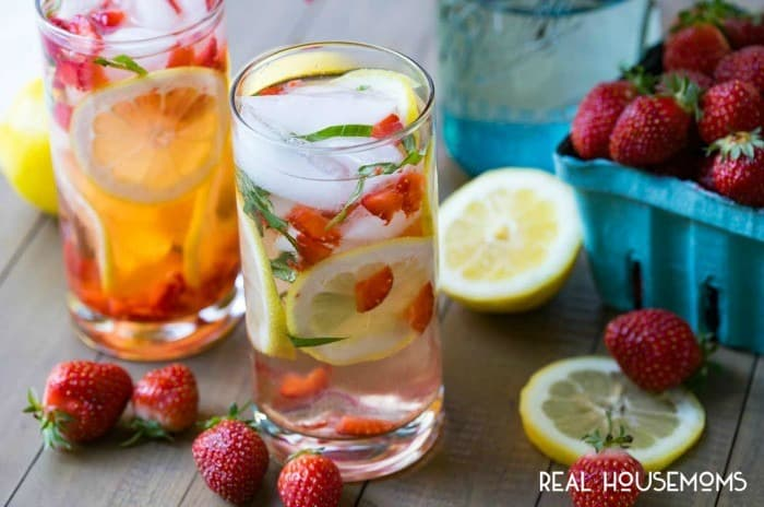 STRAWBERRY BASIL LEMONADE will be your favorite summer beverage! It's so easy to make and incredibly refreshing!
